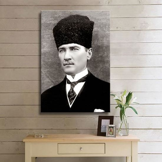 Picture of Atatürk Portre Kravatlı Kanvas Tablo